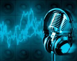 Radyo da sesler yayına neden gecikmeli gider ?